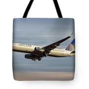 United Airlines Boeing 737-824 Tote Bag