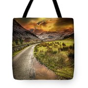 Valley Sunset Snowdonia Tote Bag