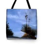Yucca Plant In Rippled Sand Dunes In White Sands National Monument - Newm500 00107 Tote Bag