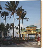 Lauderdale By The Sea Wood Print