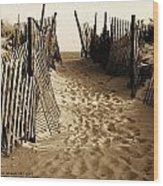 Long Beach Island Nj At Harvey Cedars 1977 Wood Print