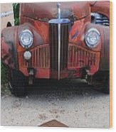 Old Old Car Wood Print