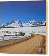 Open Road Tothe Sawtooth Mountains Wood Print