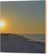 0501 Navarre Beach Sunrise Over Fishermen Wood Print