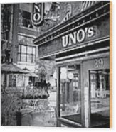 0748 Uno's Pizzaria Wood Print