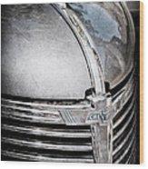 1938 Chevrolet Hood Ornament - Emblem Wood Print