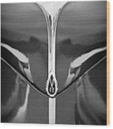1940 Lincoln Zephyr Grille Emblem - Hood Ornament Wood Print