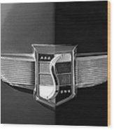 1948 Studebaker Emblem Wood Print