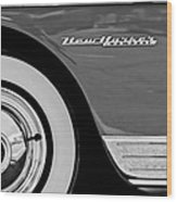 1950 Chrysler New Yorker Coupe Wheel Emblem Wood Print