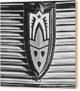 1958 Oldsmobile Emblem Wood Print