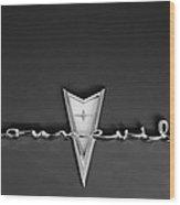 1959 Pontiac Bonneville Emblem Wood Print