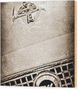 1960 Nash Metropolitan Hood Ornament - Grille Emblem Wood Print