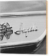 1961 Chevrolet Impala Ss Emblem Wood Print
