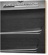 1963 Chevrolet Corvette Sting Ray Fuel-injection Split Window Coupe Emblem Wood Print