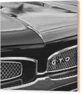 1967 Pontiac Gto Grille Emblem Wood Print