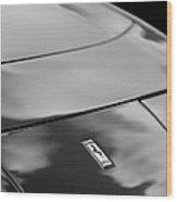 1972 Ferrari 365 Gtb 6c Emblem Wood Print