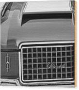 1972 Oldsmobile Grille Wood Print