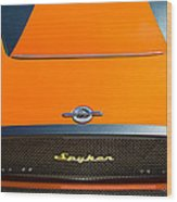 2009 Spyker C8 Laviolette Lm85 Grille Emblem Wood Print by Jill Reger