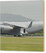 A C-17 Globemaster IIi Of The U.s. Air Wood Print