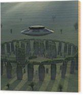 A Ufo & Its Alien Crew Visiting Wood Print