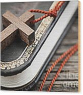 Cross On Bible Wood Print