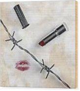 Dangerous Kisses Wood Print