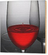 Drops Of Wine In Wine Glasses Wood Print by Setsiri Silapasuwanchai