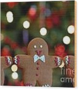 Gingerbread Men In A Line Wood Print by Amy Cicconi