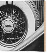 Lincoln Spare Tire Emblem Wood Print by Jill Reger