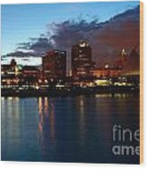 Milwaukee Skyline At Dusk Wood Print