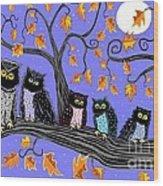 Night Owls Wood Print