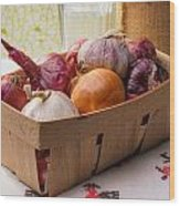 Onions And Garlic In A Crate Wood Print