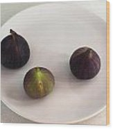 Purple Figs On A White Plate Wood Print