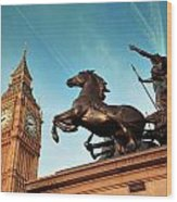 Queen Bodica Statue In London Wood Print