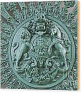 Royal Lion And Unicorn Coat Of Arms On The Gate Of The Wellington Arch At Hyde Park Corner London Wood Print