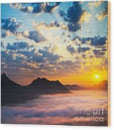 Sea Of Clouds On Sunrise With Ray Lighting Wood Print