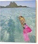 Snorkeling In Polynesia Wood Print