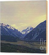 Sunrise On Aoraki Mount Cook In New Zealand Wood Print