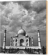 Taj Mahal India In Black And White Wood Print