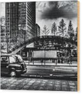 Taxi At Canary Wharf Wood Print