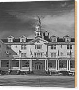 The Stanley Hotel Panorama Bw Wood Print