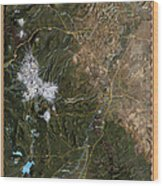 Upper Deschutes River Wood Print by Pete Chadwell