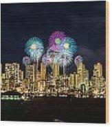 Waikiki Fireworks Celebration 11 Wood Print