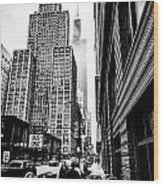 Willis Tower In The Clouds - Black And White Wood Print