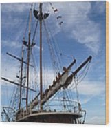 1812 Tall Ships Peacemaker Wood Print