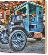 1919 Ford Model T Wood Print by Robert Jensen