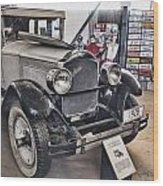 1928 Packard 526 Sedan Wood Print