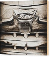 1947 Ford Deluxe Grille Grille Emblem Wood Print