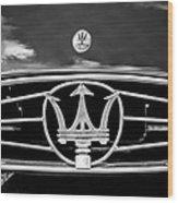 1954 Maserati A6 Gcs Grille Emblem -0259bw Wood Print