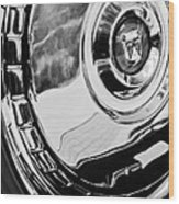 1956 Ford Thunderbird Wheel Emblem -232bw Wood Print